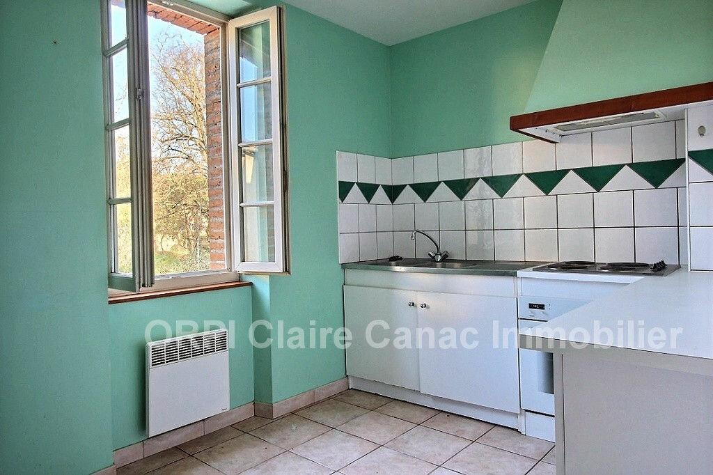 Maison à louer 3 70m2 à Lavaur vignette-5