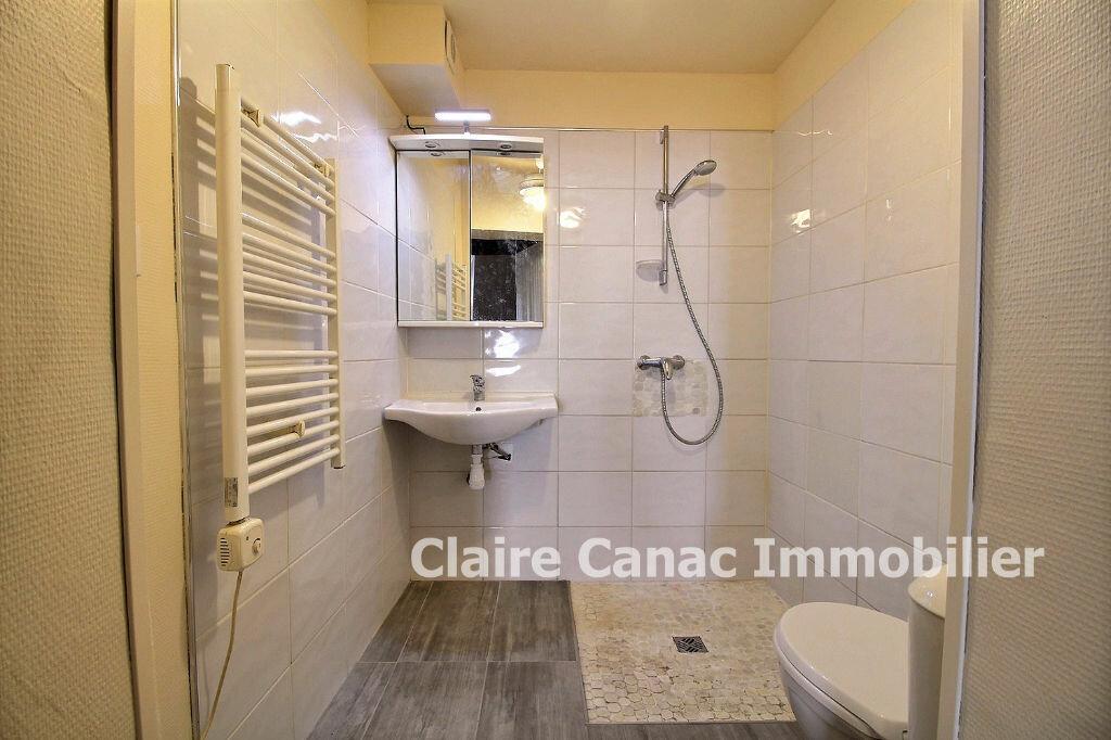 Appartement à louer 1 33m2 à Lavaur vignette-3