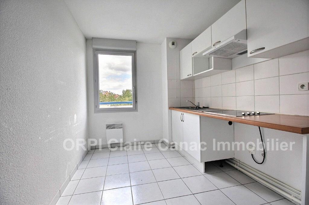 Appartement à louer 3 64.59m2 à Labruguière vignette-2
