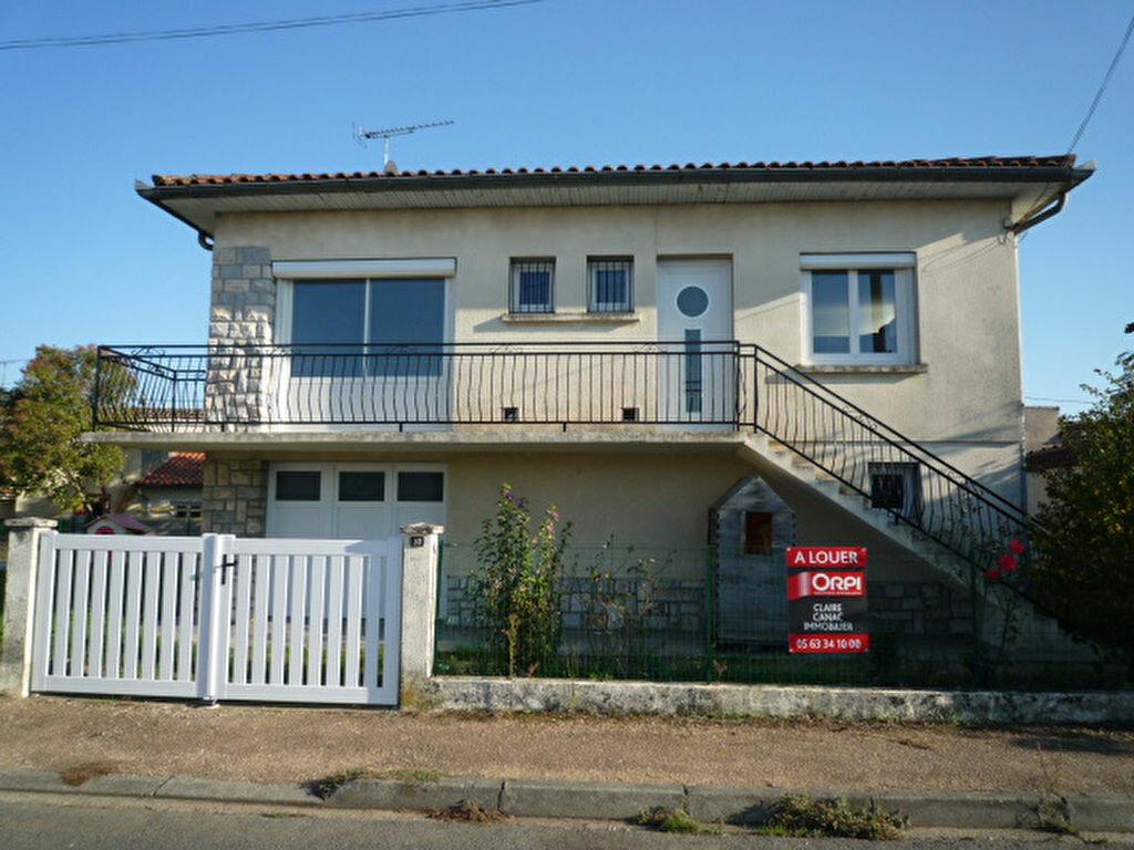 Maison à louer 4 80m2 à Saint-Sulpice-la-Pointe vignette-1
