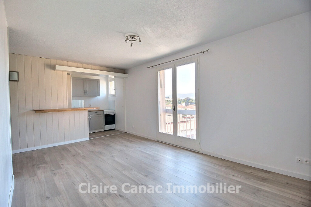 Appartement à louer 2 35.92m2 à Castres vignette-1