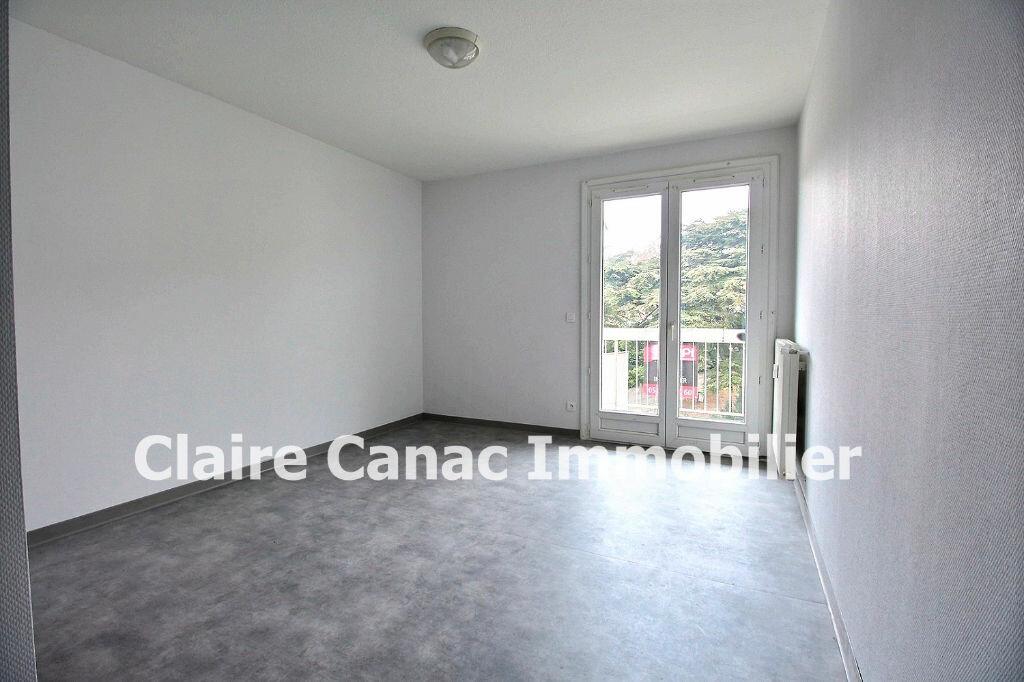 Appartement à louer 1 18.29m2 à Castres vignette-1