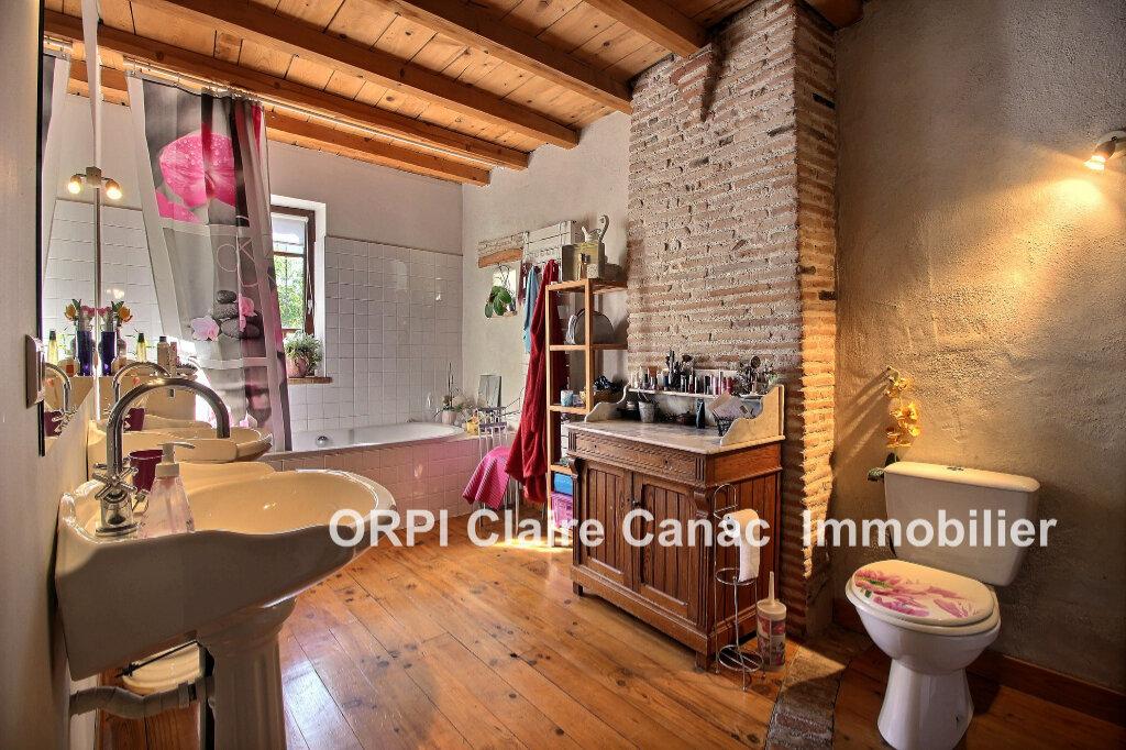 Maison à louer 4 122m2 à Lavaur vignette-7