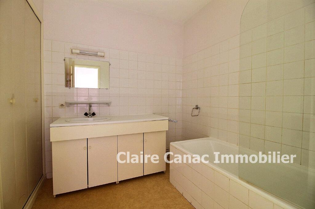 Appartement à louer 2 61.5m2 à Lavaur vignette-3
