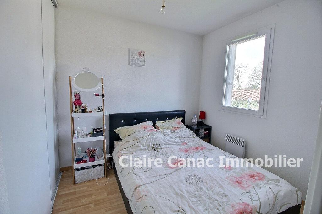 Appartement à louer 2 34m2 à Lavaur vignette-2