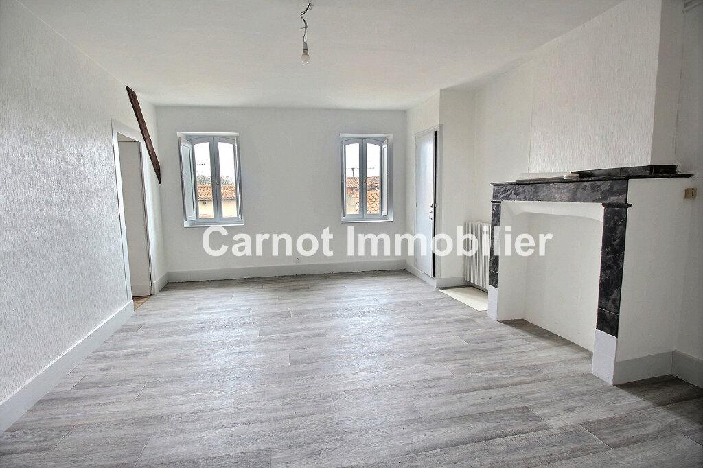 Appartement à louer 3 65.31m2 à Castres vignette-1