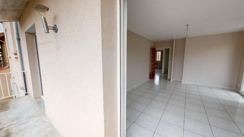 Appartement à louer 3 66m2 à Castres vignette-2