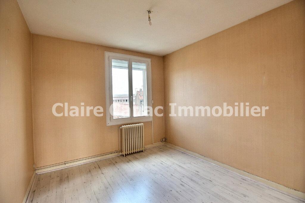 Appartement à louer 4 93.67m2 à Castres vignette-4