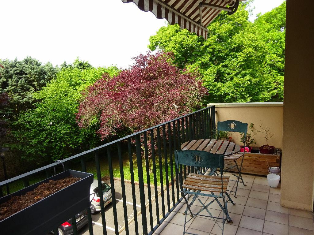 Appartement à louer 5 98.44m2 à Soisy-sur-Seine vignette-1