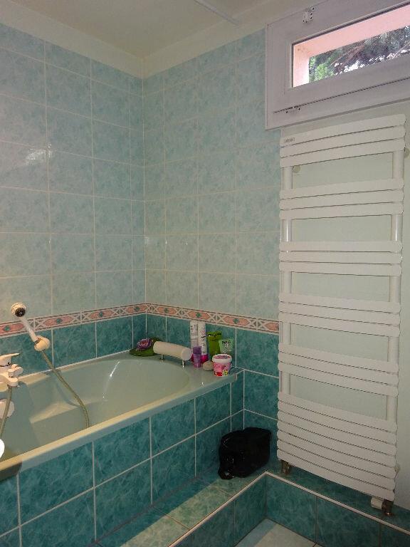 Appartement à louer 5 98.44m2 à Soisy-sur-Seine vignette-7