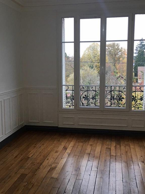 Appartement à louer 3 53.63m2 à Soisy-sur-Seine vignette-1