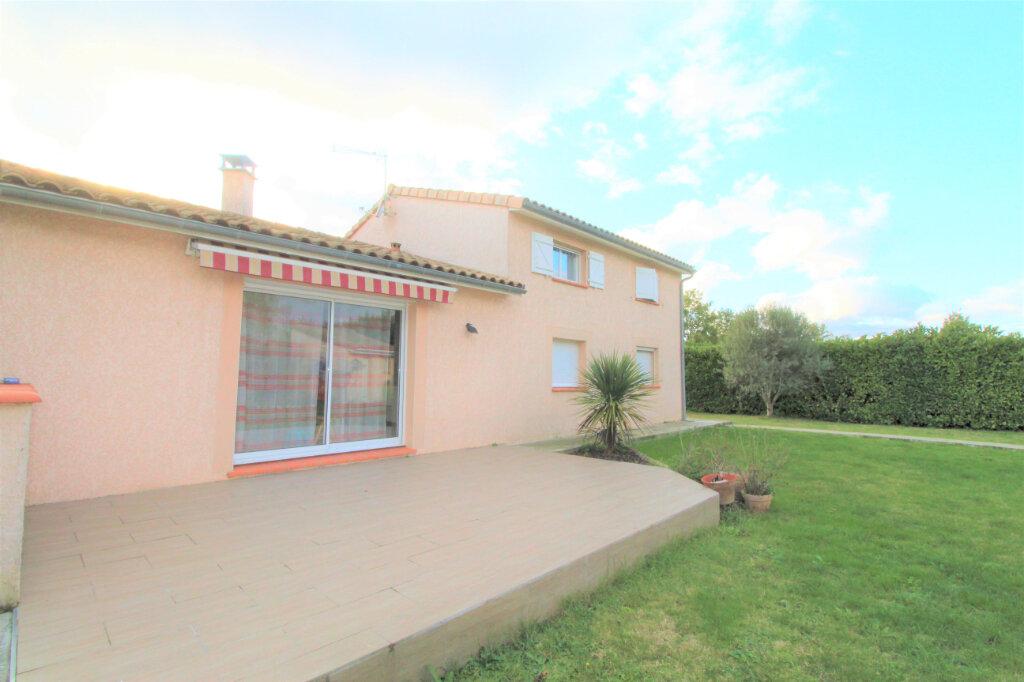 Maison à vendre 6 142m2 à Grenade vignette-2
