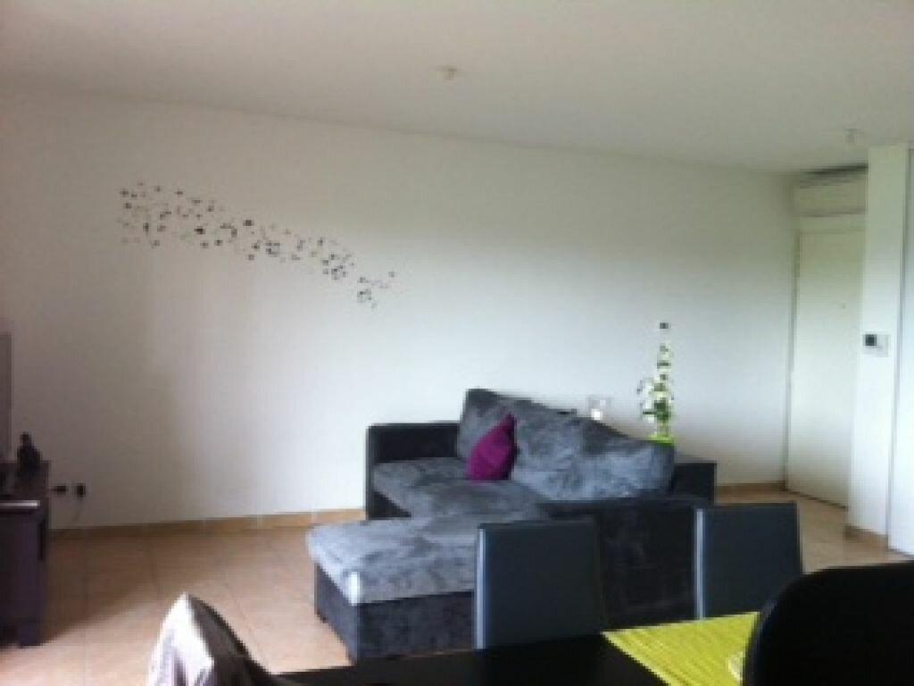 Appartement à louer 2 47.64m2 à Montfavet - Avignon vignette-2