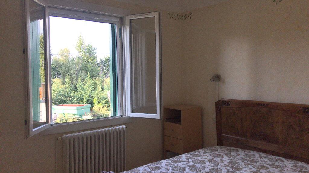 Appartement à louer 3 68m2 à Châteaurenard vignette-6