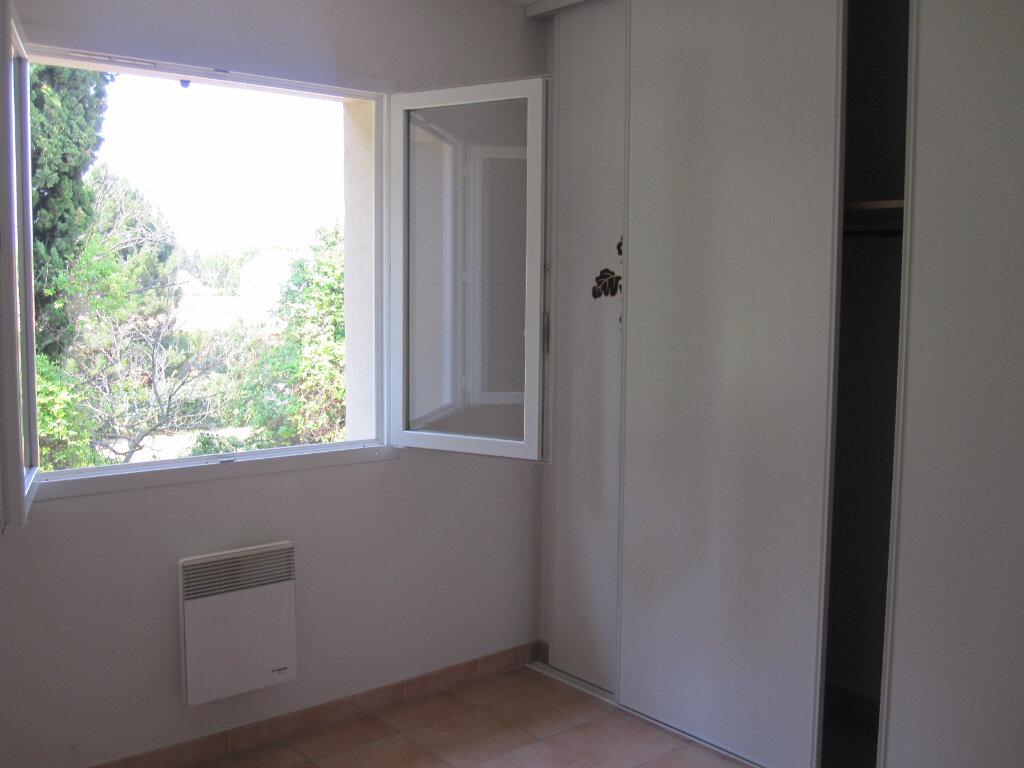 Maison à louer 4 87m2 à Graveson vignette-4