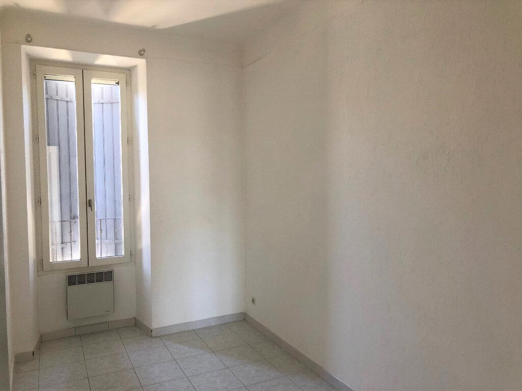 Appartement à louer 3 59m2 à Châteaurenard vignette-6