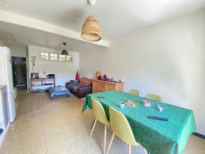 Appartement à louer 2 39m2 à Barbentane vignette-3