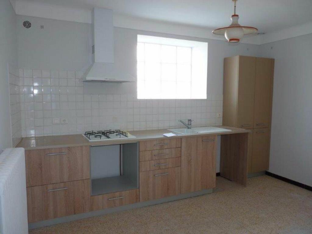 Maison à louer 4 90m2 à Rognonas vignette-2