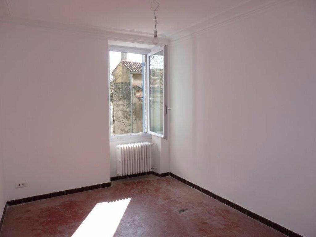 Maison à louer 4 90m2 à Rognonas vignette-5