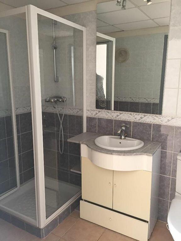 Appartement à louer 3 87m2 à Cheval-Blanc vignette-5