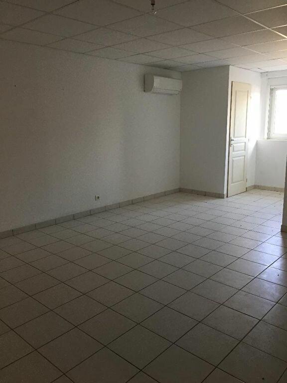 Appartement à louer 3 87m2 à Cheval-Blanc vignette-6