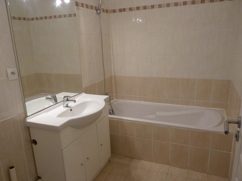 Appartement à vendre 3 63.06m2 à Châteaurenard vignette-8