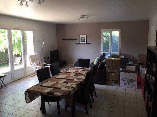 Maison à louer 4 100m2 à Rognonas vignette-5