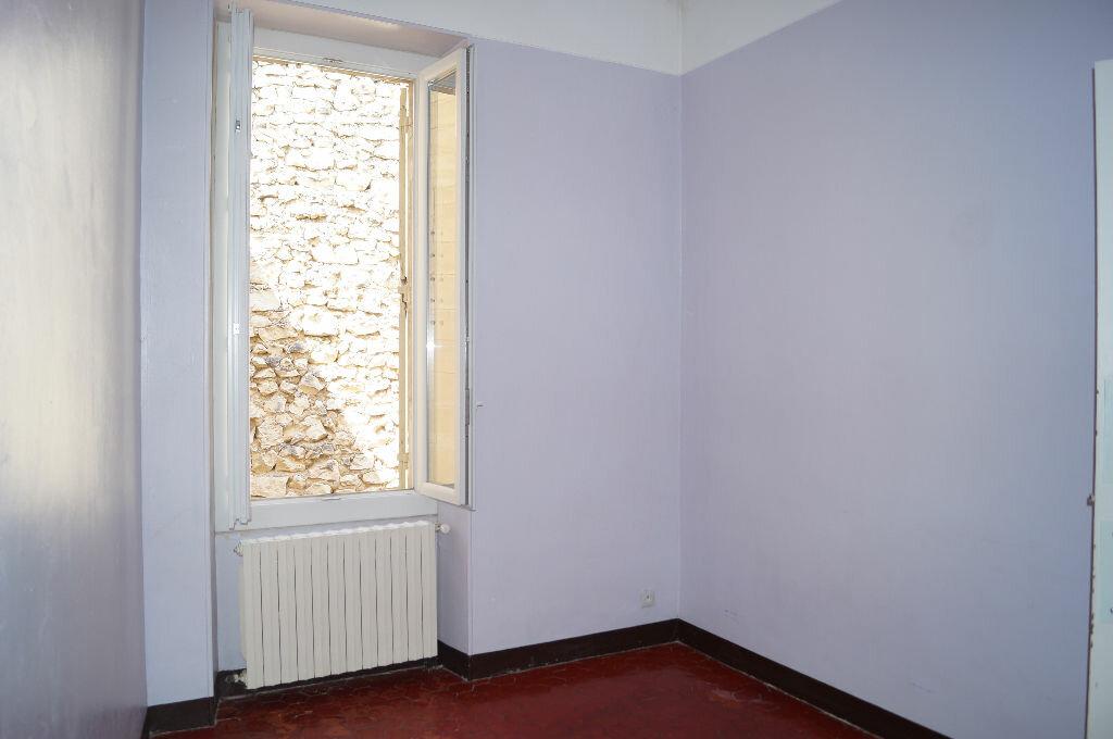 Appartement à louer 3 60m2 à Châteaurenard vignette-6