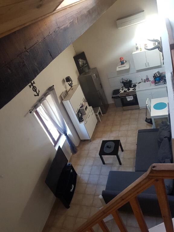 Appartement à louer 2 30m2 à Rognonas vignette-1