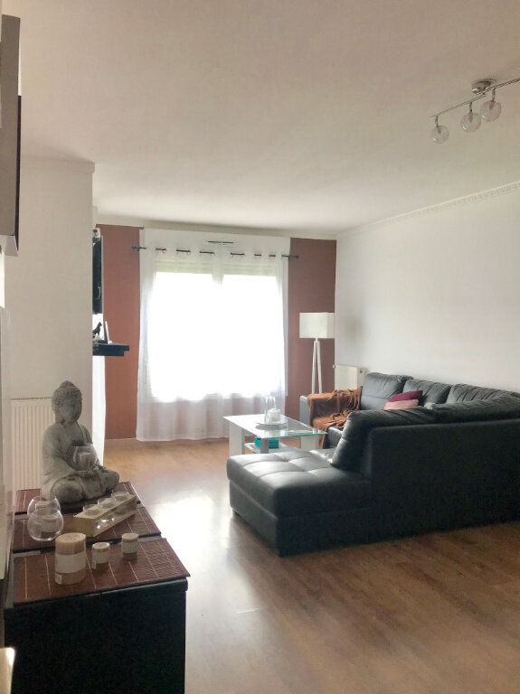 Appartement à vendre 3 67.02m2 à Stains vignette-3