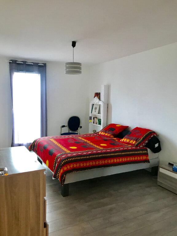 Appartement à vendre 3 67.02m2 à Stains vignette-10