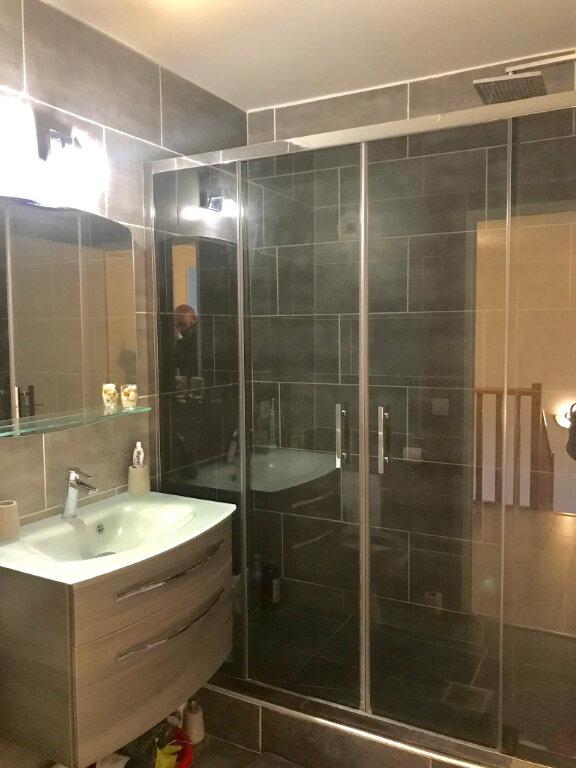 Appartement à vendre 3 67.02m2 à Stains vignette-11