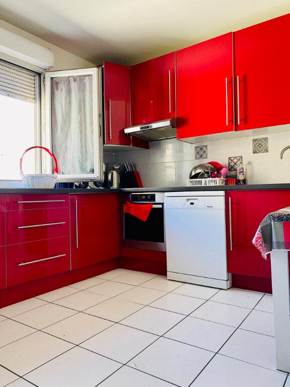 Appartement à vendre 4 85.5m2 à Stains vignette-7