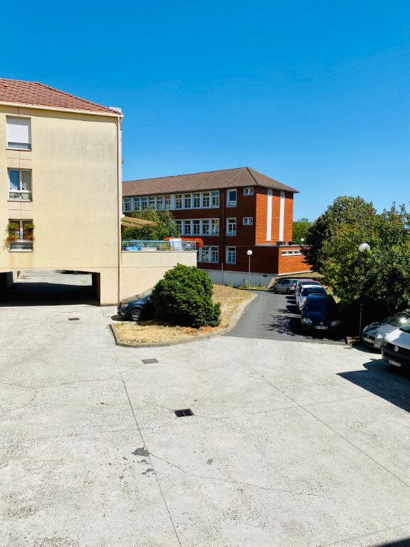 Appartement à vendre 4 85.5m2 à Stains vignette-9
