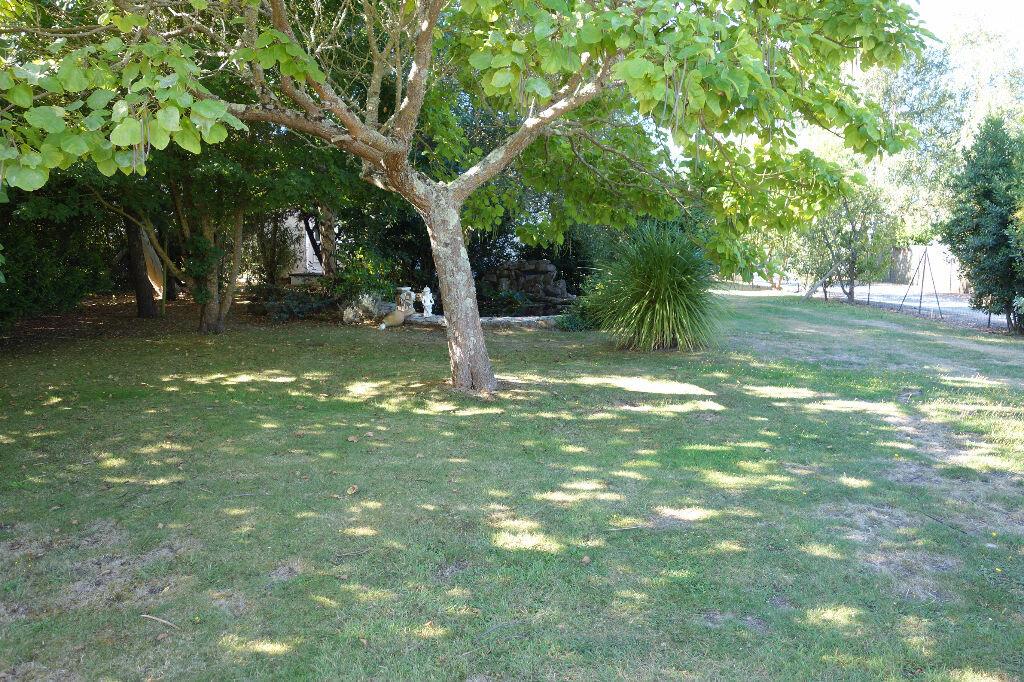 Maison à vendre 6 130m2 à Talmont-Saint-Hilaire vignette-7
