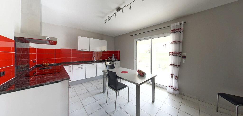 Maison à vendre 6 177m2 à Talmont-Saint-Hilaire vignette-1