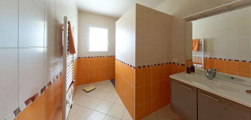 Maison à vendre 6 177m2 à Talmont-Saint-Hilaire vignette-3