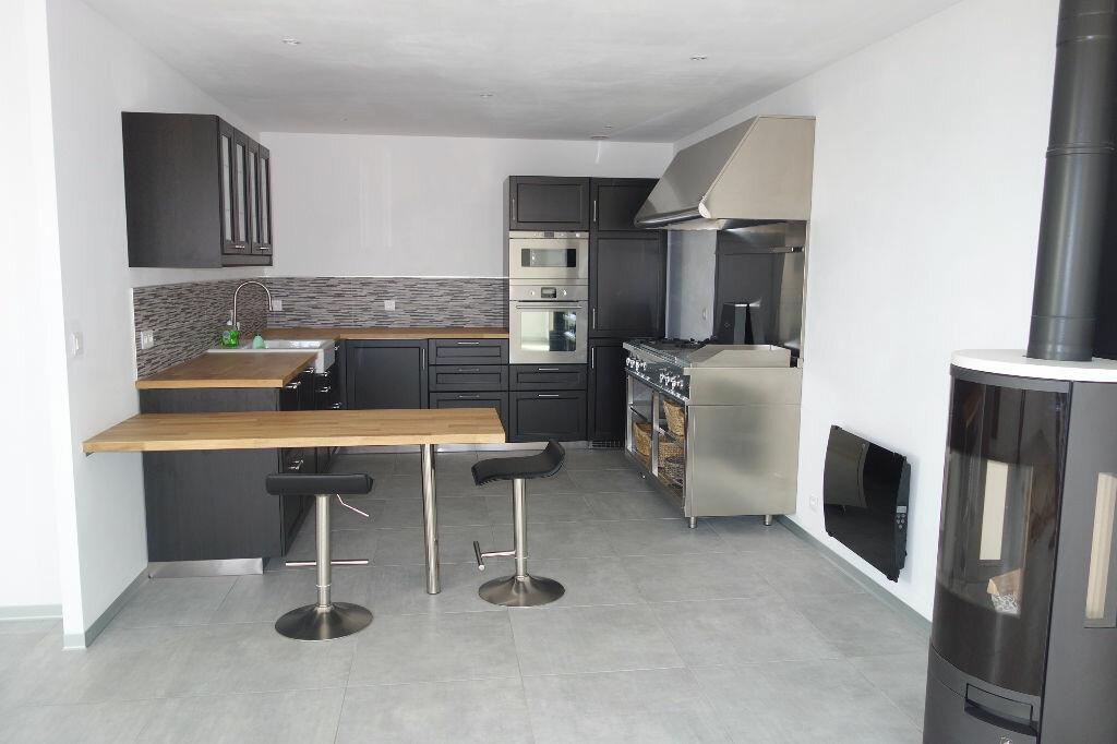Maison à vendre 5 95m2 à Talmont-Saint-Hilaire vignette-2