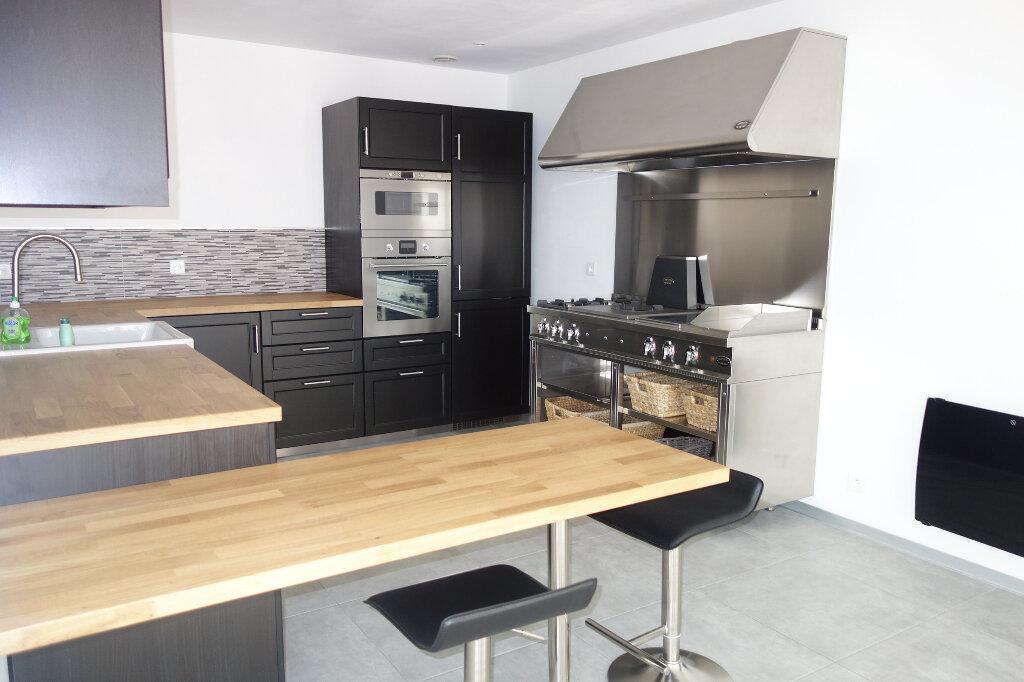 Maison à vendre 5 95m2 à Talmont-Saint-Hilaire vignette-3
