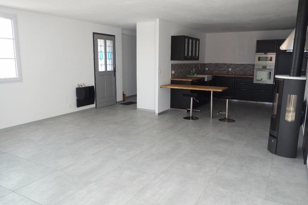 Maison à vendre 5 95m2 à Talmont-Saint-Hilaire vignette-4