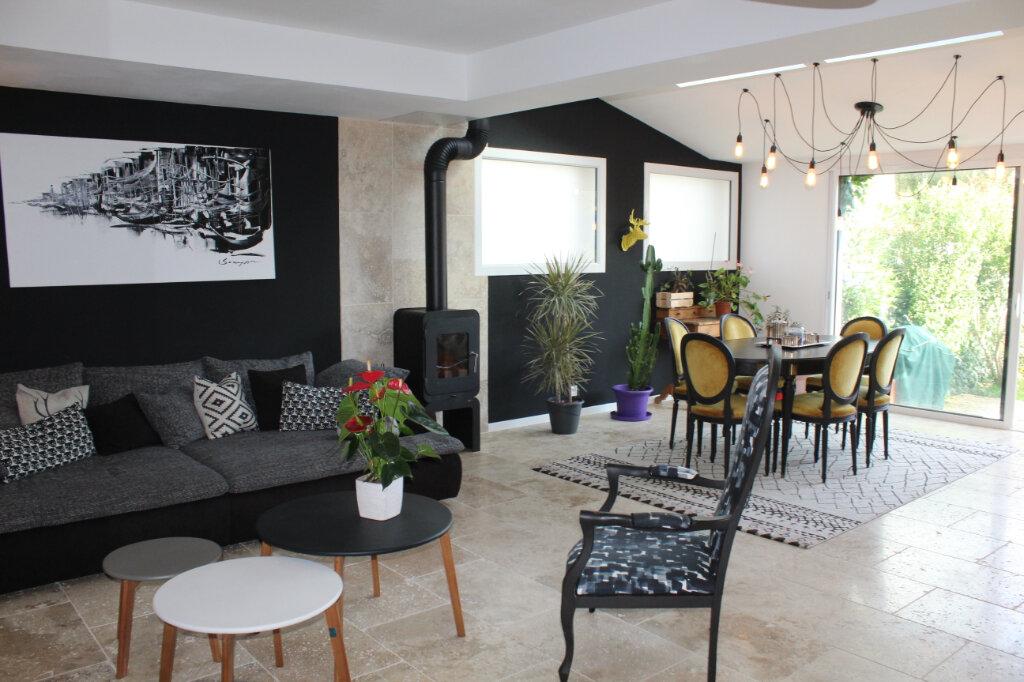 Maison à vendre 5 130m2 à Les Sables-d'Olonne vignette-3
