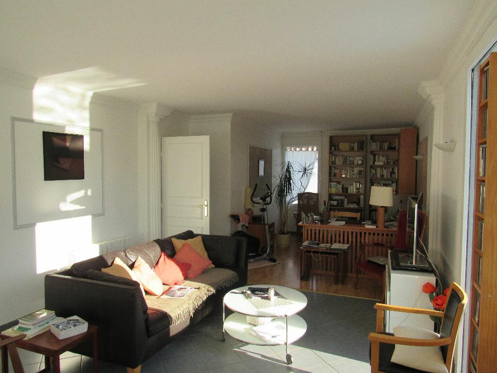 Maison à vendre 6 120m2 à Talmont-Saint-Hilaire vignette-4