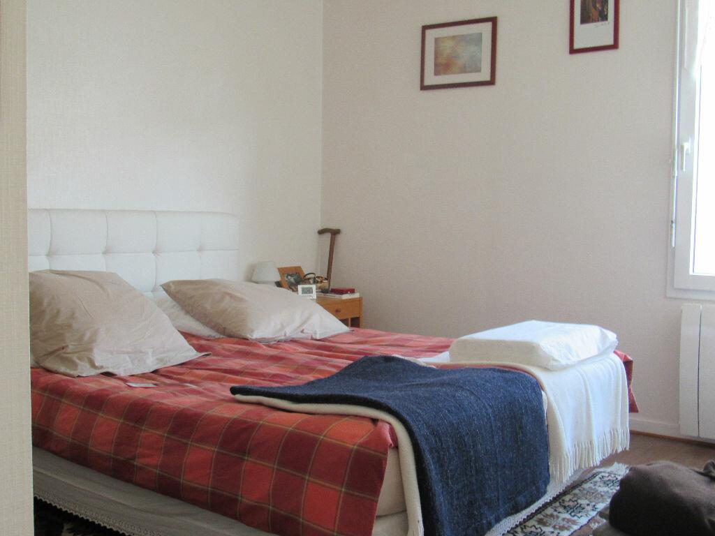 Maison à vendre 6 120m2 à Talmont-Saint-Hilaire vignette-5