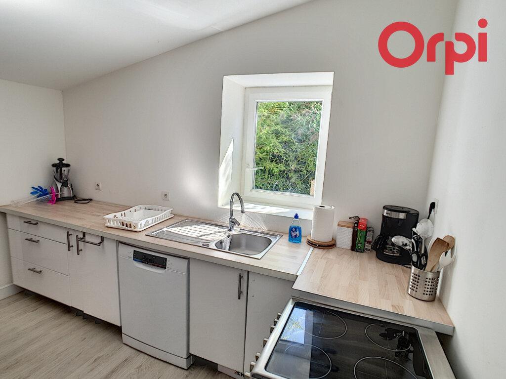 Maison à vendre 4 78m2 à Talmont-Saint-Hilaire vignette-4