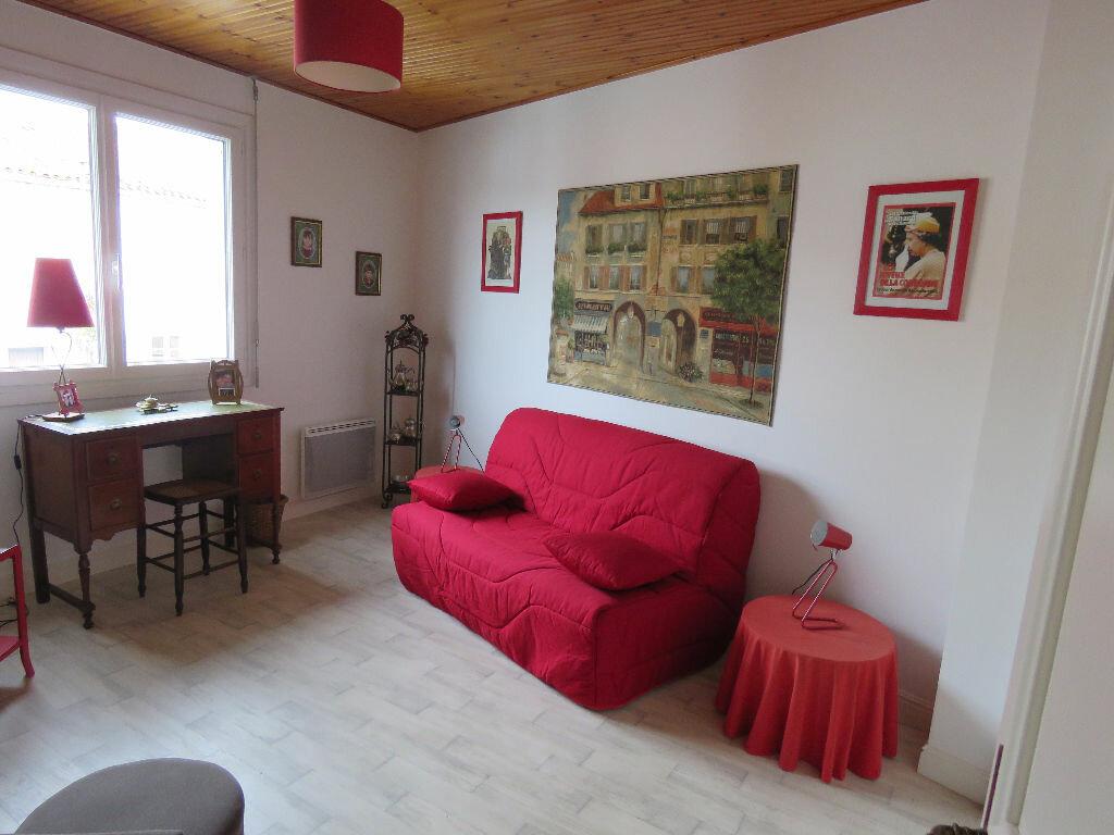 Maison à vendre 8 160m2 à Talmont-Saint-Hilaire vignette-10