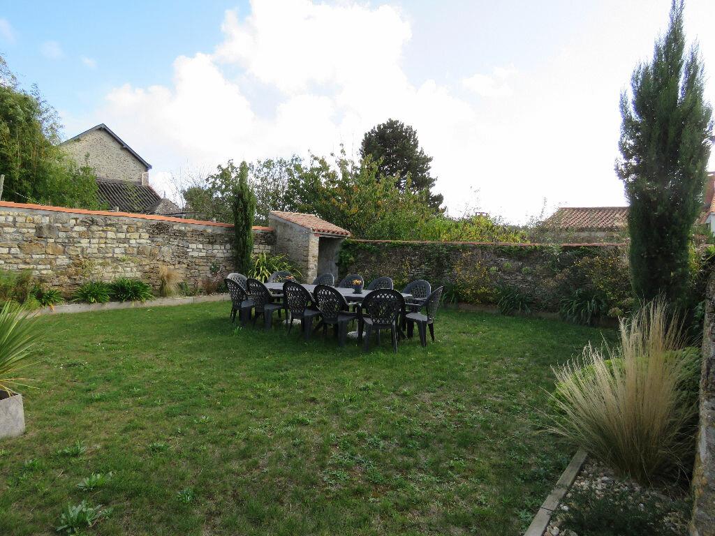 Maison à vendre 8 160m2 à Talmont-Saint-Hilaire vignette-16
