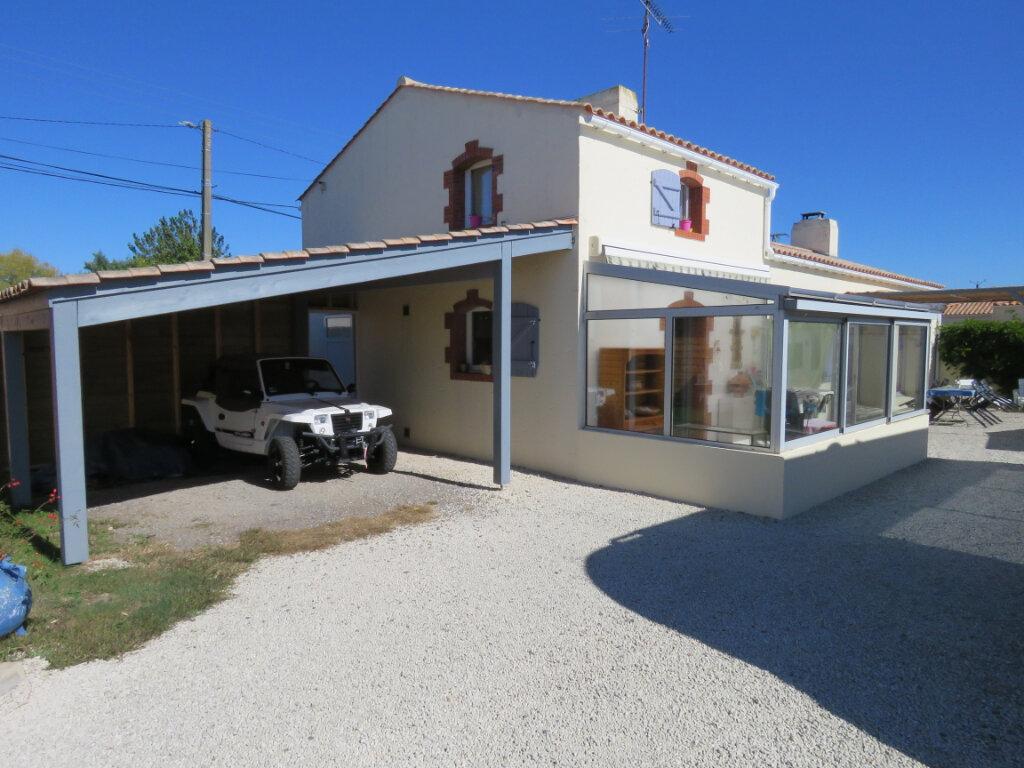 Maison à vendre 4 113m2 à Talmont-Saint-Hilaire vignette-10