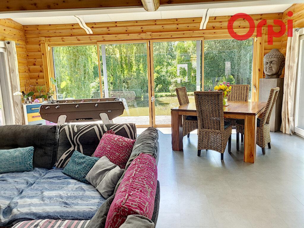 Maison à vendre 6 170m2 à Talmont-Saint-Hilaire vignette-4