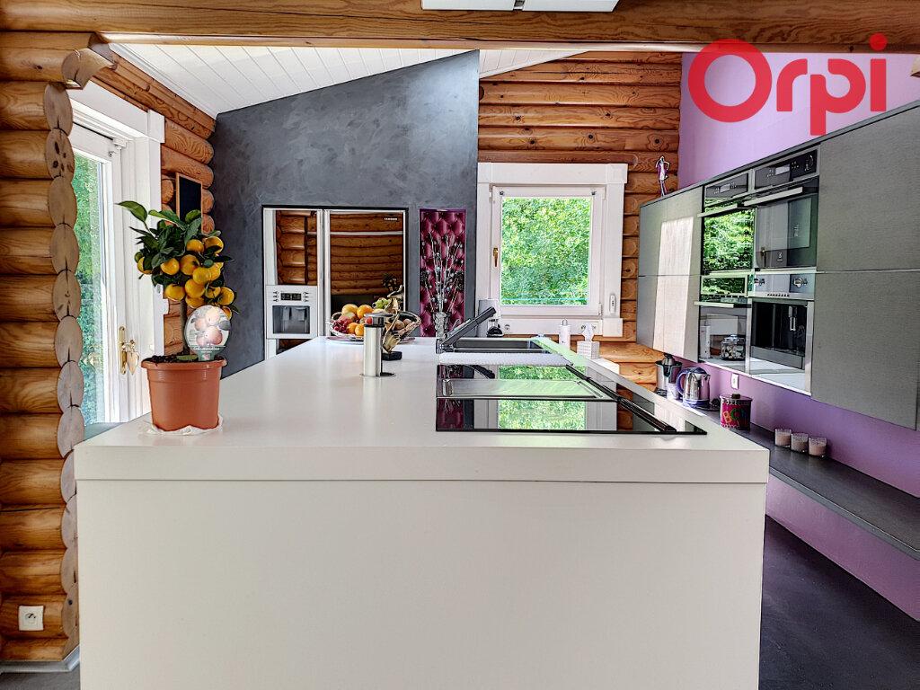 Maison à vendre 6 170m2 à Talmont-Saint-Hilaire vignette-5
