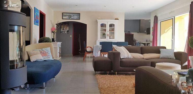 Maison à vendre 7 201m2 à Château-d'Olonne vignette-3